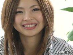 Big juicy juggs of Japanese babe Kousaka Anna gets rubbed