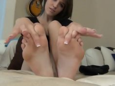 BRANDY'S LOVES THE SMELL OF HER WORK OUT FEET