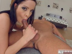 Hottie cleans a dick after creampie