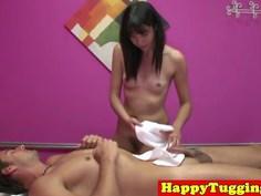 Ethnic masseuse on spycam jerking her client