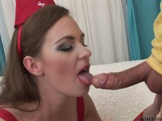 Cum gourmet Luscious Eden gives a stout blowjob for cum delightfully
