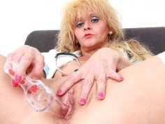 Gyno-instrument in mommy nurse piss hole
