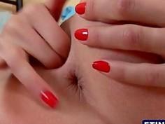 Teen blonde fingering herself in 4k