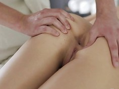 Teeny Lovers - Two-way massage and fucking