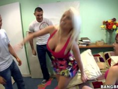 Britney Amber, Angell Summers and Sasha Sweet give multiple blowjobs